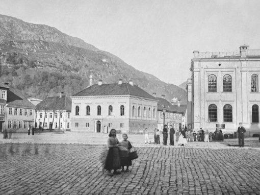 Redaktøroppdrag for Universitetsmuseet i Bergen